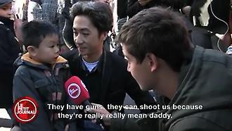 Το συγκλονιστικό μήνυμα ενός μικρού παιδιού για τις επιθέσεις στη Γαλλία