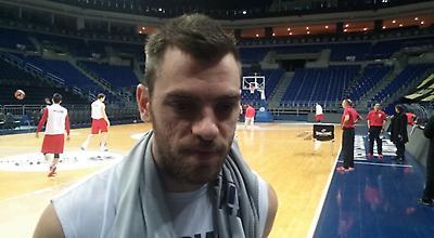 O Βαγγέλης Μάντζαρης στo sportfm.gr