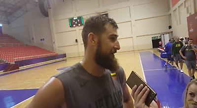Βαλαντσιούνας: «Θα ήταν σημαντική προσθήκη ο Giannis, αλλά η Ελλάδα έχει… τα πάντα»
