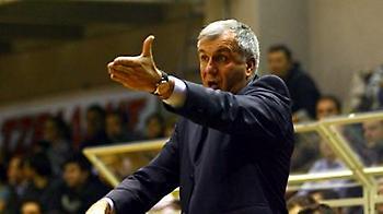 Ομπράντοβιτς: «Οι αντίπαλοί μας έχουν προβάδισμα»
