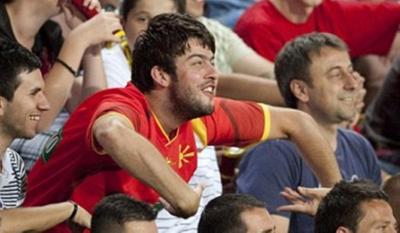 Ρατσιστική επίθεση Σκοπιανών εναντίον παιχτών της Liverpool
