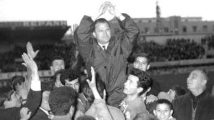 «Έφυγε» ο άνθρωπος που άλλαξε το ελληνικό ποδόσφαιρο