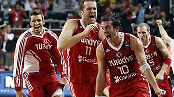Χωρίς διαιτησία, δεν έβλεπε τελικό η Τουρκία (video)
