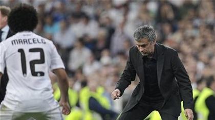 Μουρίνιο: «Εξαιρετικό το 4-0, αλλά δεν μας εξασφαλίζει»