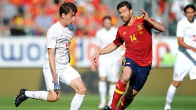 Νίκησε, αλλά δεν έπεισε η Ισπανία (vids)