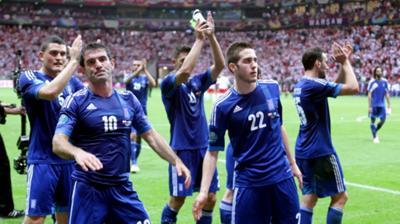 Τρελό, αλλά περνάει και με... 2 πόντους η Ελλάδα!