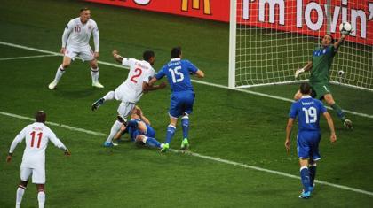 Αγγλία-Ιταλία 2-4 (Πέναλτι)