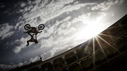 Red Bull X-Fighters World Tour 2012