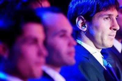 Ινιέστα, Μέσι και Ρονάλντο για το βραβείο της UEFA