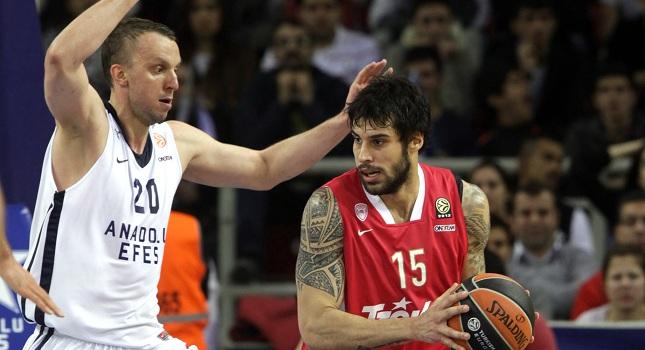 Σαβάνοβιτς: «Είμαστε ακόμη ζωντανοί με Ολυμπιακό»