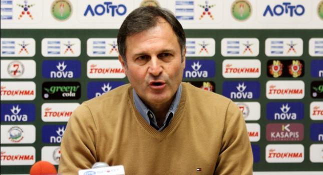 Αποχαιρέτησε τους παίκτες ο Καλαϊτζίδης