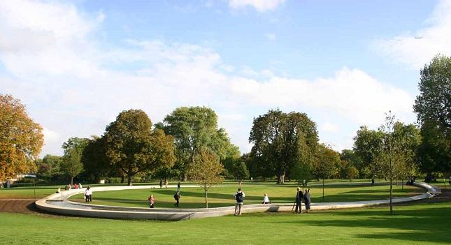 Βόλτα στο Hyde Park πριν τον τελικό για… γούρι