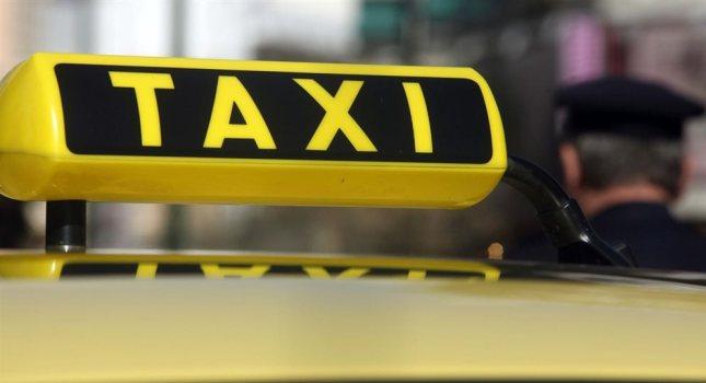 Χειροπέδες σε 27 οδηγούς ταξί για πειραγμένα ταξίμετρα