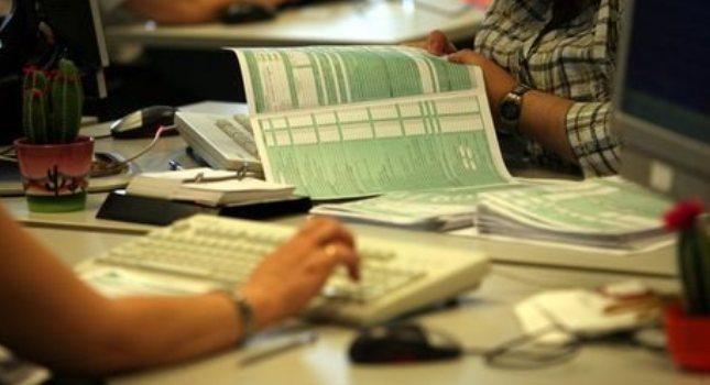 Παρατείνεται μέχρι 26/7 η υποβολή φορολογικών δηλώσεων