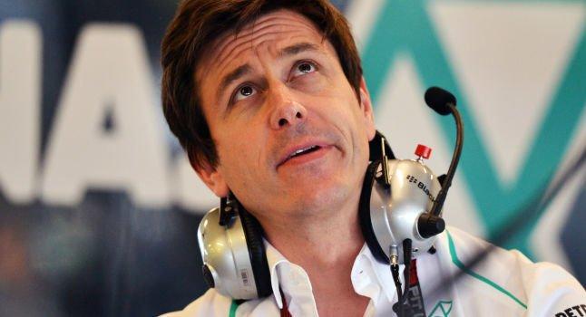 Αναμένεται... μάχη Mercedes-Ferrari