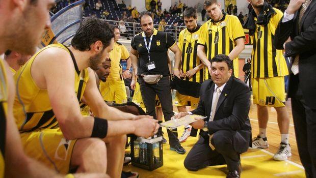 Πελεκάνος: «Άλλο το Κύπελλο, άλλο το πρωτάθλημα με ΠΑΟΚ»