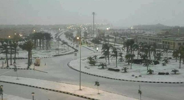 Χιόνισε στο Κάιρο μετά από 100 χρόνια!