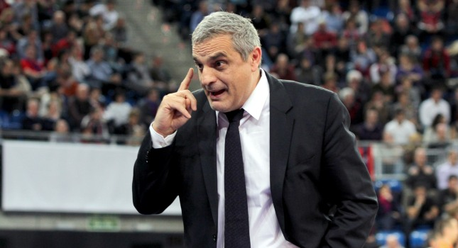 Πεδουλάκης: «Δεν είναι καλό τόσα παιχνίδια με τον Ολυμπιακό»