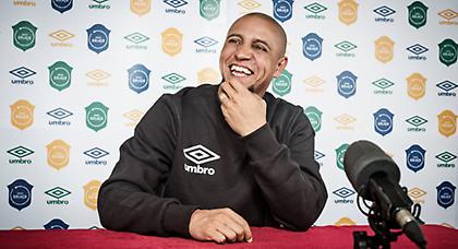 Ο Roberto Carlos για το N'JOY UNI-League!
