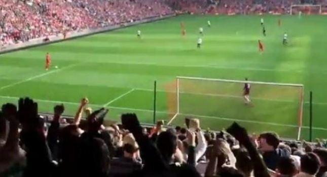 Προσποιήθηκαν… γκολ οι οπαδοί της Τότεναμ! (video)
