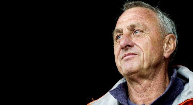 Κρόιφ: «Ο Μουρίνιο πάντα κατηγορεί τους παίκτες»