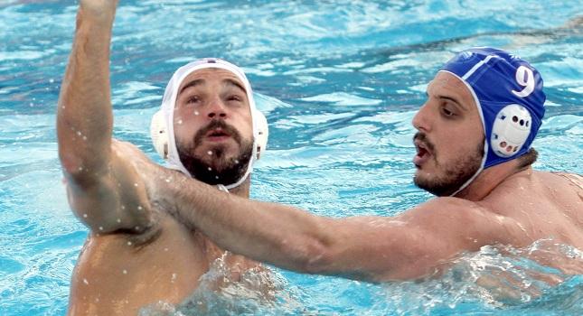 Στέψη χωρίς κόσμο για Ολυμπιακό
