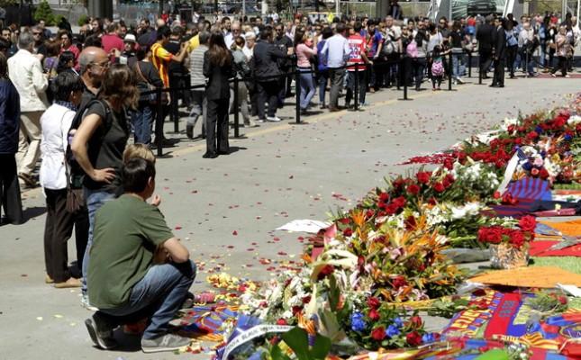 Τουλάχιστον 50.000 άτομα αποχαιρέτησαν τον Βιλανόβα
