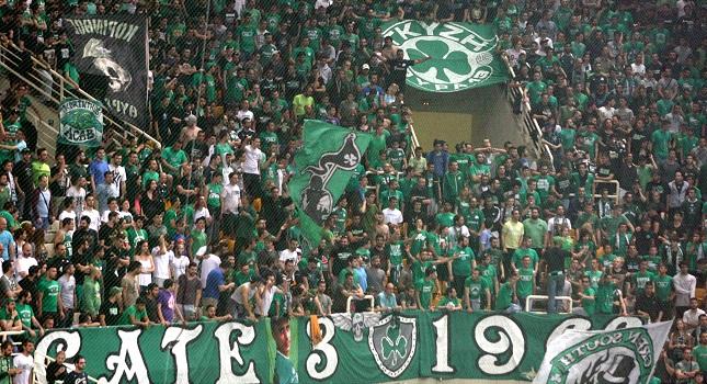 «Ντόπες» της Θύρας 13 για νίκη στο ΣΕΦ