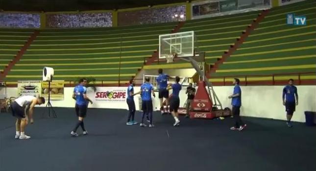 Το 'ριξαν στο μπάσκετ! (video)