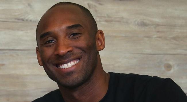 Κόμπι: «Αγαπημένο μου άθλημα το ποδόσφαιρο»