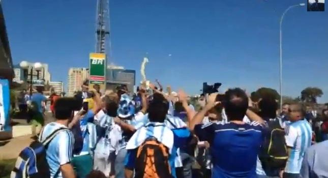 Αργεντινοί γλέντησαν με τον τραυματισμό του Νεϊμάρ (video)