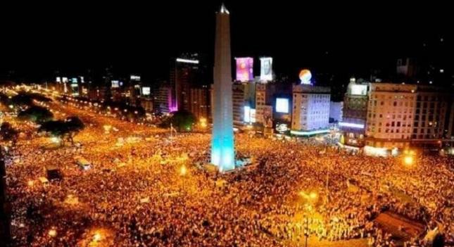 «Κάηκε» το Μπουένος Άιρες (video/pics)