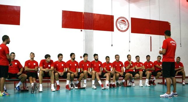 Όλοι παρόντες στην πρώτη του Ολυμπιακού (pics)