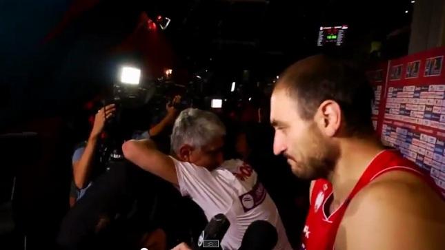 Η αγκαλιά του Τεόντοσιτς στον Γιαννάκη (video)