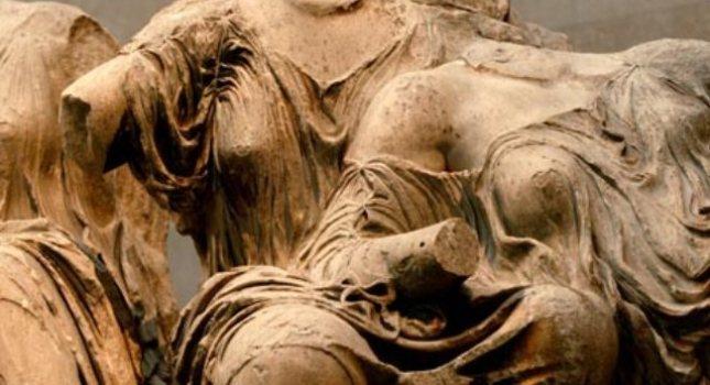 «Η Ελλάδα να διεκδικήσει δικαστικά την επιστροφή των Μαρμάρων»