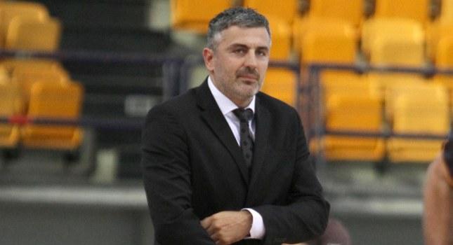 Βετούλας: «Θεωρητικά πρέπει να κερδίσουμε»