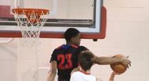 Παίκτης κουτούλησε στο ταμπλό! (video)