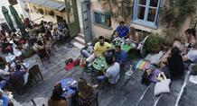 FT: Τουρίστες, φοιτητές και ενοικιαστές θα προσλάβει ο Βαρουφάκης ως «αστυνομικούς του ΦΠΑ»