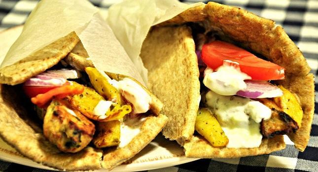 Μία εξοργιστικά λανθασμένη προφορά σε ονόματα Ελληνικών φαγητών