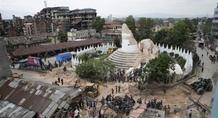 Νεπάλ: Ολοσχερής καταστροφή του ιστορικού κέντρου του Κατμαντού από τον σεισμό