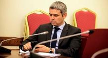 Καραγκούνης: «Οδηγούνται είτε σε κωλοτούμπα είτε σε δημοψήφισμα για δραχμή»