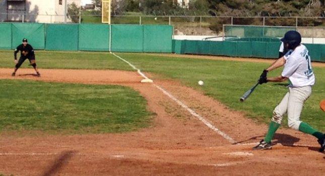 «Πόλεμος» Άρη-Παναθηναϊκού στο μπέιζμπολ