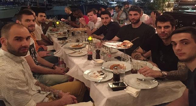 Τους έκανε το… τραπέζι ο Σφαιρόπουλος (pics)