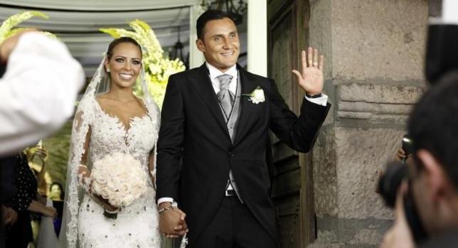 Παντρεύτηκε ο Κέιλορ Νάβας (pics)
