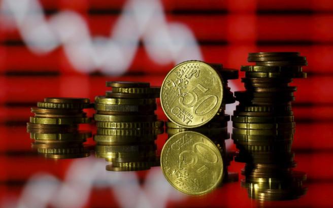 Financial Times: «Κούρεμα» έως και 30% στις καταθέσεις επεξεργάζονται τράπεζες