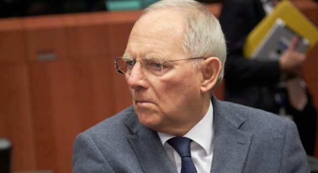 «Grexit διάρκειας πέντε ετών προτείνει ο Σόιμπλε»