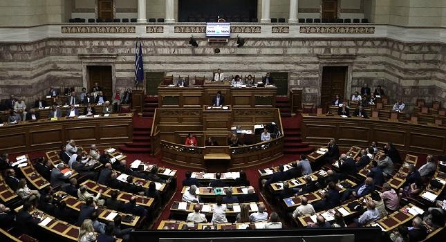 Με 230 «ναι» πέρασαν τα προαπαιτούμενα, 36 διαρροές του ΣΥΡΙΖΑ