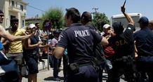 Επεισόδια ξανά στη Μυτιλήνη: Μετανάστες επιχείρησαν να εισβάλουν στο Blue Star 1