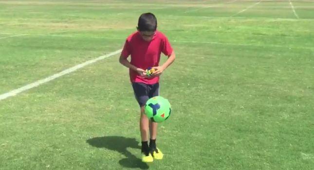 ΑΥΤΗ είναι ποδοσφαιρική ιδιοφυΐα! (video)