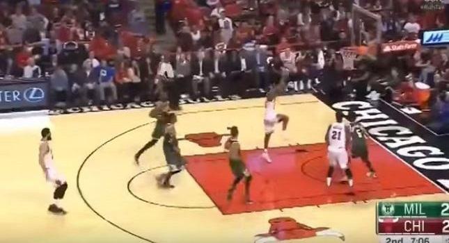 Παίκτης του NBA δέχεται τάπα από τη… στεφάνη (vid)